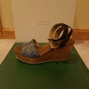 hinge Shoes - Hinge Peek Toe Wedges